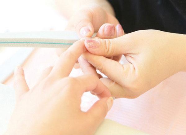 二枚爪のケアはどうすれば良いの?私の成功した改善方法はこれ!